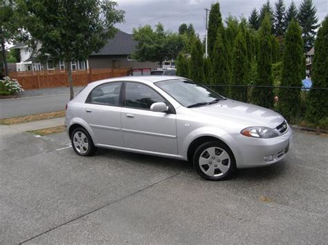 2006 Chevrolet Optra 5 Hatchback Outside Nanaimo
