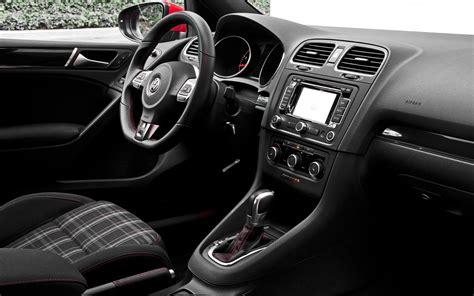 volkswagen gti interior 28k high performance two door comparison motor trend