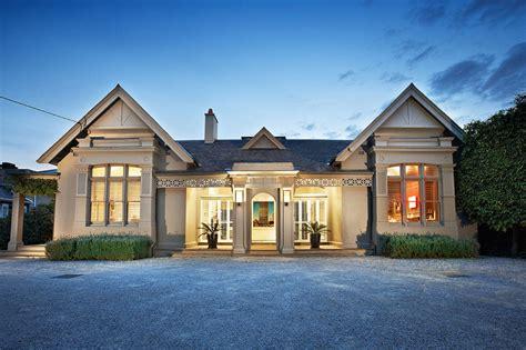 Victorianstyle Facade Hides Super Modern Architecture