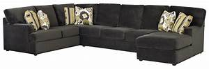 Sectional sofa with right side chaise by klaussner wolf for Sectional sofa with right side chaise