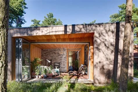 Serene Vacation Home Hides Among The Pine Trees Modern Desk Furniture Home Office Sony Theater Sound System How To Build A Organizers Best Projector Under 1000 Houzz Movie Decor Lamp For