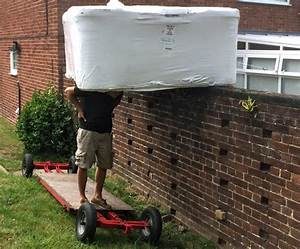 Hot Tub Delivery - Leave It To The Experts