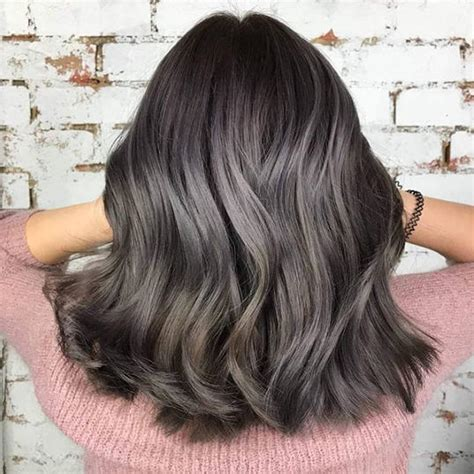 Hair Coloring For Brunettes by Hair Color Trends For Brunettes That Ll Make 2018