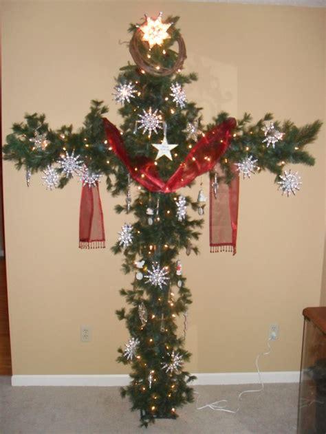 cross christmas tree   pcv pipe  garland