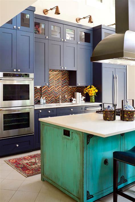 amazing custom  kitchen islands  draw inspirations