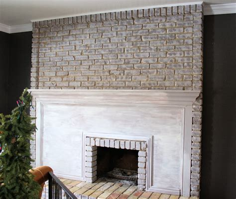 sponge painting brick fireplace running with scissors tutorial painting a brick fireplace