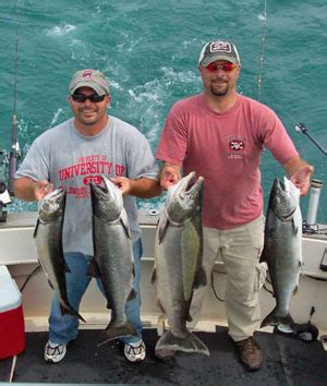 Charter Boat Fishing Wisconsin by Why Fish Kenosha Wi Kenosha Charter Boat Association