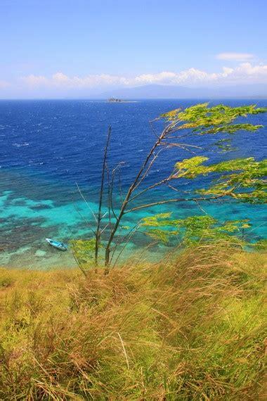 cantiknya panorama puncak pulau baling baling situs