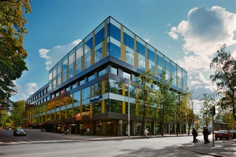 LNK Industries uzbūvētā Alojas Biznesa Centra ēka atzīta ...