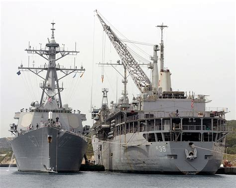 navy land uss emory s land as 39