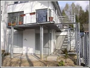 balkon aus holz kosten holz design sevilla leeb balkone With französischer balkon mit stützmauer garten kosten