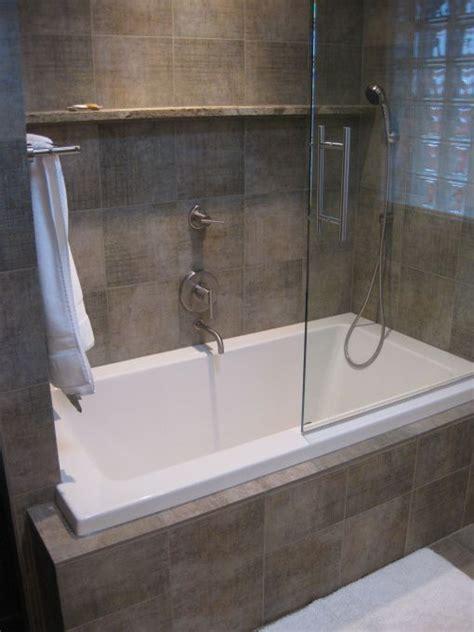 Wanne Mit Dusche Kombiniert by 25 Best Ideas About Bathtub Shower Combo On