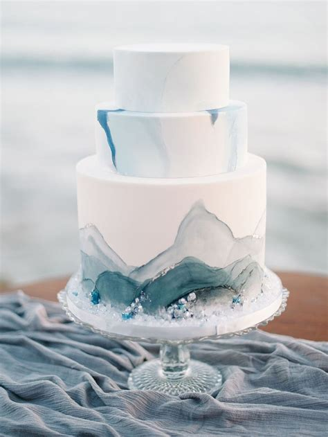 wave cake ideas  pinterest piping techniques