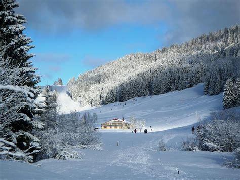 chalet de la serra lamoura les rousses en hiver tourisme en franche comte