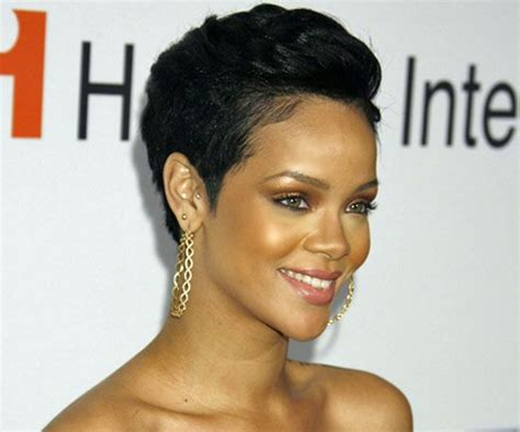 25+ Best Ideas About Rihanna Pixie Cut On Pinterest