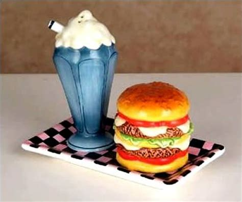 cuisine shaker 17 best images about fast food salt and pepper shakers on