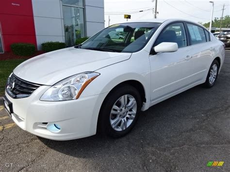 winter frost white nissan altima    gtcarlotcom car color galleries
