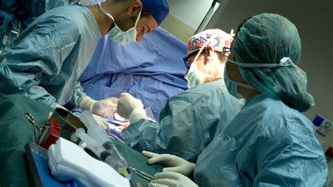 césarienne programmée bébé en siège césarienne programmée déroulement et préparation à l