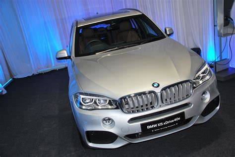 Bmw X5 Battery Cost by Bmw X5 Xdrive40e Hybrid Charges Into Malaysia Autoworld