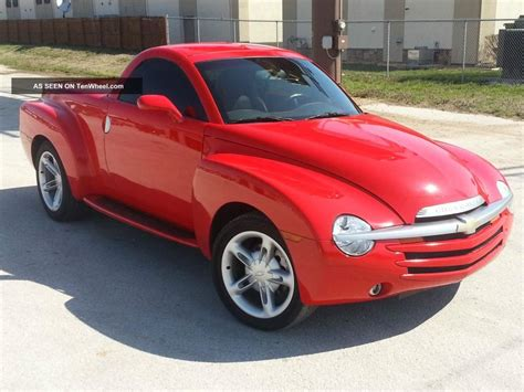 2004 Chevrolet Ssr  Information And Photos Zombiedrive