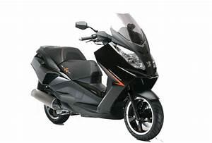 Controle Technique Peugeot Prix : pr sentation du scooter 125 peugeot scooters satelis 125 compressor ~ Gottalentnigeria.com Avis de Voitures