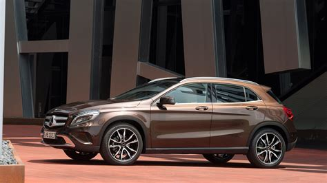 Mercedes Class Hd Picture by Mercedes Gla Class Hd Pictures Images Wallpaper