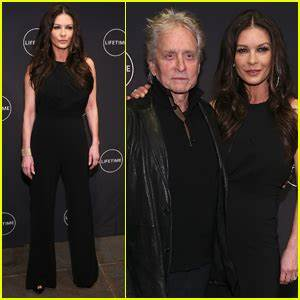 Catherine Zeta-Jones is Supported by Michael Douglas at ...