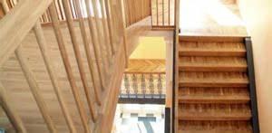 Holztreppe Selber Bauen : holztreppe selber bauen so geht 39 s ~ Frokenaadalensverden.com Haus und Dekorationen