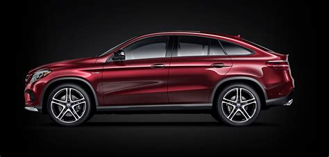 Even more dynamic, performance and passion: 2018 Mercedes-AMG GLE 4MATIC Coupe   Mercedes-Benz