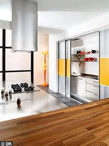 les 10 cl 233 s d une cuisine ouverte r 233 ussie c 244 t 233 maison
