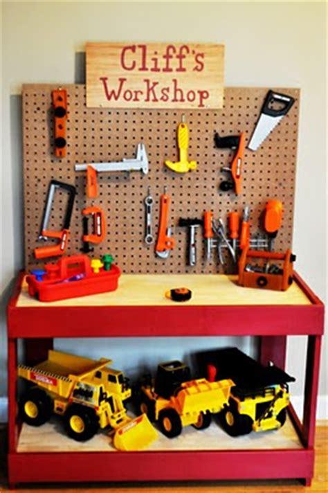 Boys Work Bench - toin diy workbench