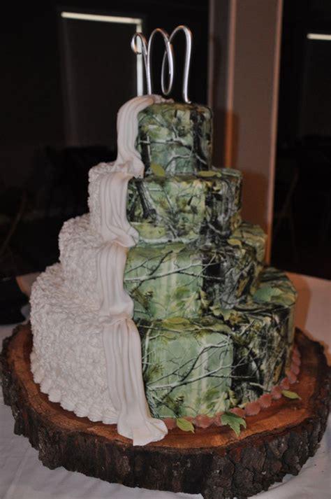 country rustic camo wedding ideas and wedding invitations 2014 invitesweddings - Camo Wedding Cake Ideas
