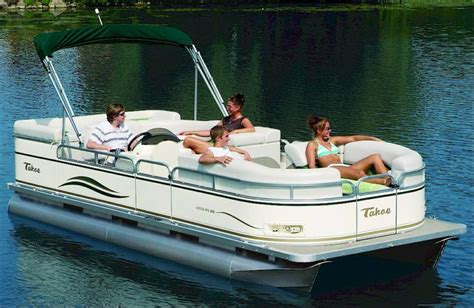 Pontoon Boats On Lake Michigan by Water Sports Jetski Boat Rentals Michigan