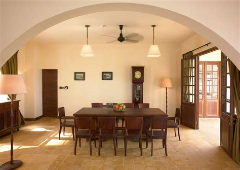decorating ideas for dining rooms dining room decorating ideas for small spaces decobizz com