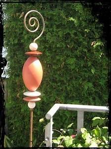 Keramik Für Den Garten : 1000 images about garten keramik on pinterest ceramics bird feeders and planters ~ Buech-reservation.com Haus und Dekorationen