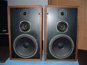 What Does A 3 Way Speaker With 160 Watts X2 Mean