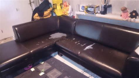 rénover un canapé en cuir craquelé achetez canapé d 39 angle 6 a rénover annonce vente à brest
