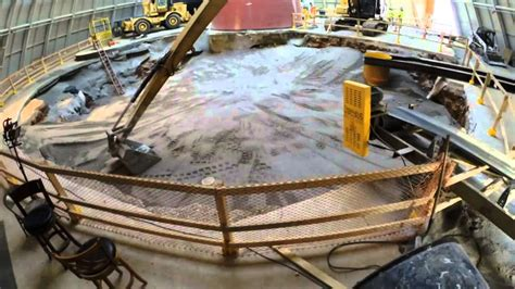 Time-lapse Video of the Corvette Museum Skydome Sinkhole ...