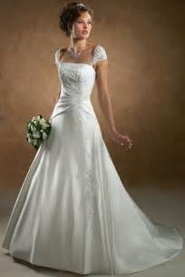 top wedding dress designers looks beautiful wedding dresses wedding
