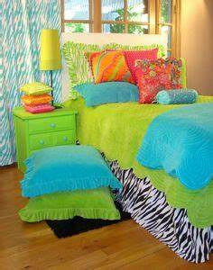 Bright Colored Bedrooms on Pinterest