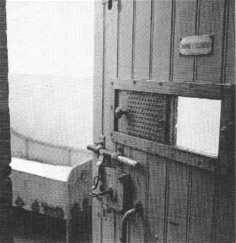 chambre d isolement lachambre d 39 isolement de vincent gogh a l 39 hopital d 39 arles