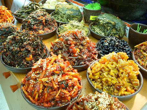 the history of cuisine file cuisine kimchi banchan 01 jpg wikimedia commons