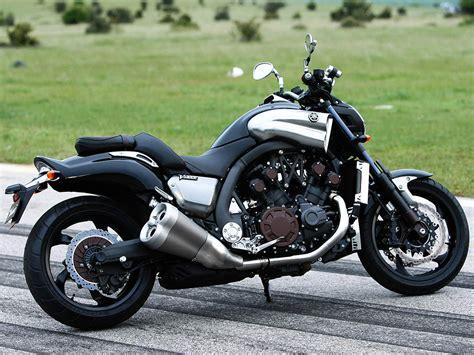 Ducati Diavel, Yamaha Vmax And Triumph