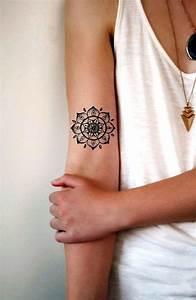 Tattoos Frauen Arm : 31 ideas de tatuajes de moda de hombre mujer fotos significado ~ Frokenaadalensverden.com Haus und Dekorationen