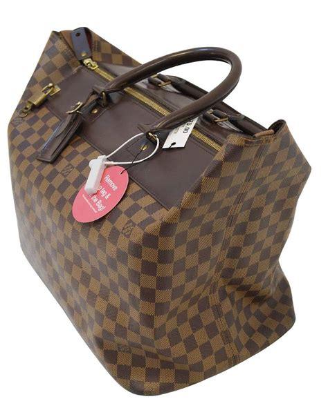 louis vuitton damier ebene greenwich pm boston shoulder bag
