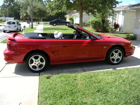 buy   ford mustang gt convertible  door