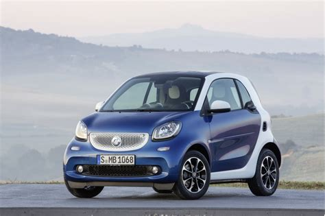 smart car new smart fortwo and forfour revealed live photos and video