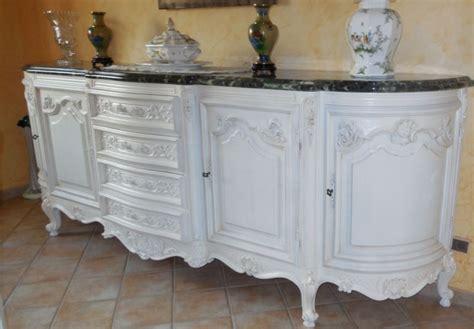 Meuble Ancien Repeint En Blanc by Relookage D Un Bahut En Merisier Ancien Style Proven 231 Al