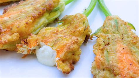 ricette fiori di zucca fritti fiori di zucca fritti in pastella ricette bimby