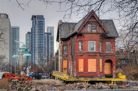 130 Year Old Toronto House Makes The Big Move